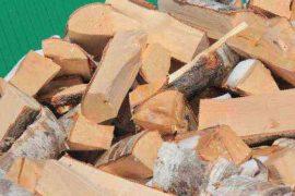 Твердое топливо: дрова, пеллеты, брикеты или уголь? Что выбрать?